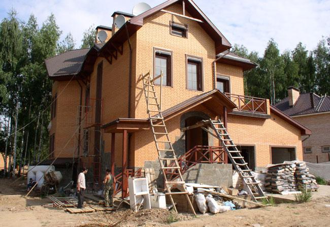 Ремонт фасада коттеджа GammaRemont.ru